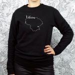 juodi-moteriskas-unisex-dzemperis-su-uzrasu-Vilnius-dovana-vilnieciui-mano-miestas-vilnius-originalus-dzemperiai-su-uzrasais-myliu-lietuva-sostine-aciu-labai