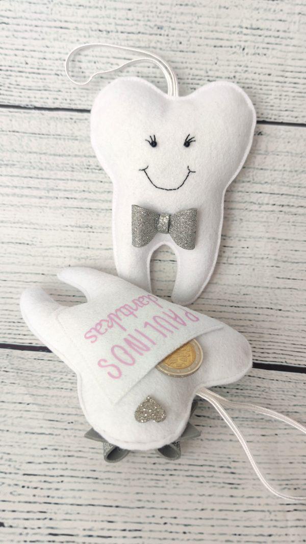 Personalizuota dantukų fėjos pagalvėlė