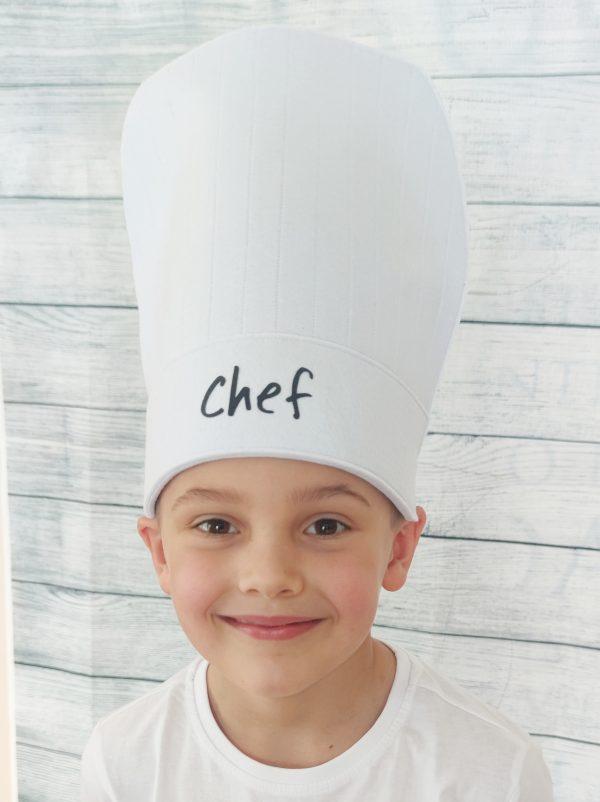 Žaislai vaikams: vaikiška virėjo kepurė