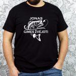 Juodi vyriški marškinėliai Jonas gimęs žvejoti