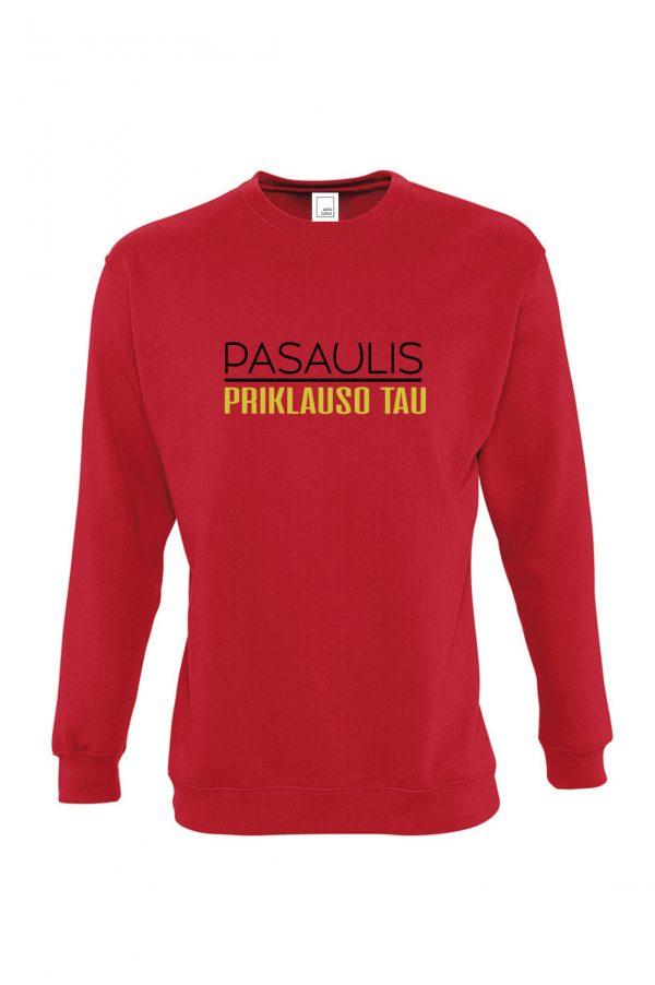 Raudonas džemperis su užrašu Pasaulis priklauso tau