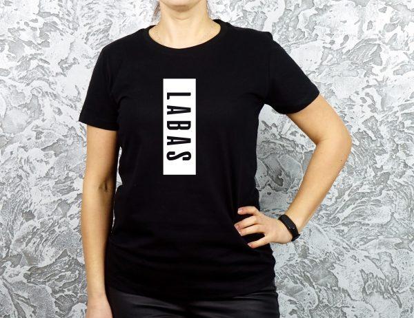 Juodi moteriški marškinėliai su užrašu Labas